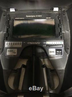 3M Speedglas 9100V Auto-Darkening Welding Helmet (9100-06-0100-10)