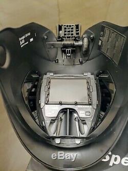3M Speedglas Quick Release 9100XX Auto Darkening Welding Helmet withHard Hat
