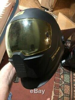 ESAB Sentinel A50 Automatic Welding Helmet 0700000800 Used little to no use