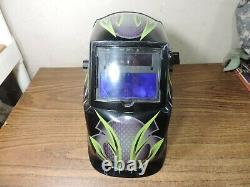 Lincoln electric Welding hood with auto darkening lens s27978-134