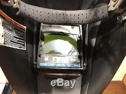 Miller Auto Darkening Welding Helmet Digital Elite Bundle with Husky Bag & Tools
