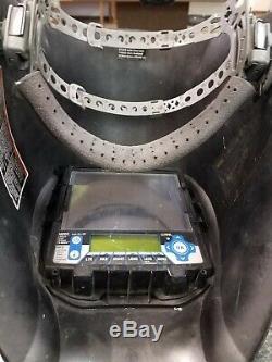 Miller Black Digital Infinity Auto Darkening Welding Helmet (280045)