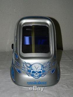 Pro-Safe Auto Darkening Welding Helmet 10 Shade Skull & Flames WH-320-AD-SKL
